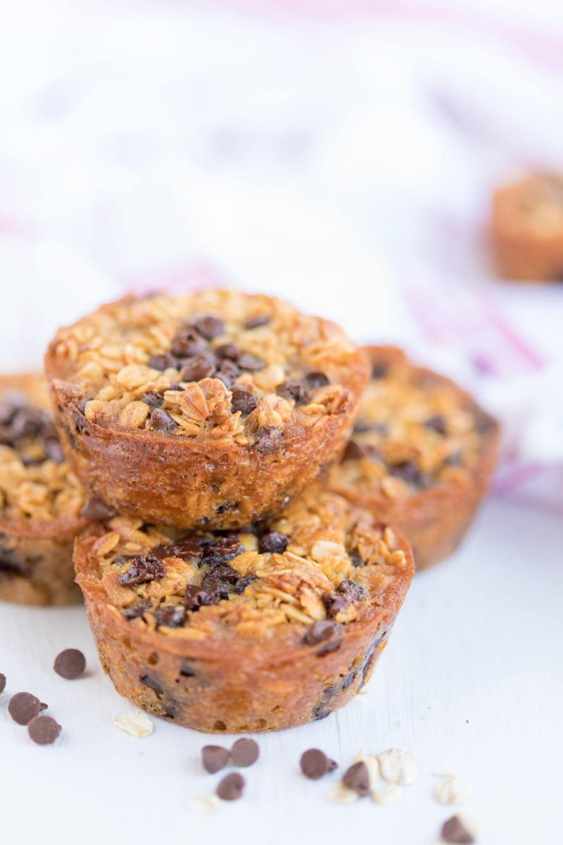 #16 Baked Oatmeal Chocolate Chip Breakfast Cups